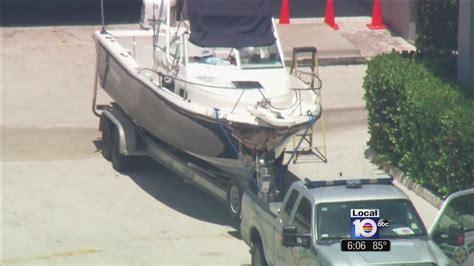 Boat Crash Florida Keys by Woman Dies In Boating Crash Off Elliot Key