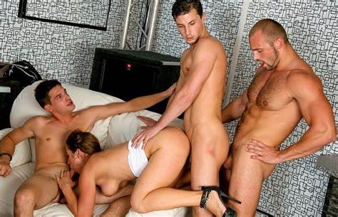 Bisexual Like Next To The Fireplace Bisex Gangbang A Pussy Blowjob,Foursome,Mmmf Image Uploaded By
