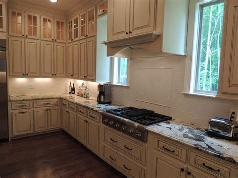 colors for small kitchens 517 best images about kitchen ideas on 5583