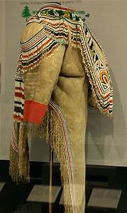 Slide Show For Album    Royal Ontario Museum  Rom  First Nations Clothing  Toronto  Ontario