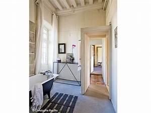 Deco Pour La Maison : maison en normandie une d co chic et classique elle d coration ~ Teatrodelosmanantiales.com Idées de Décoration