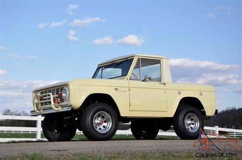 ford bronco yellow    ford price release