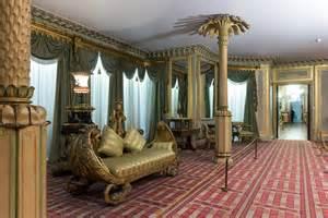 Regency Dining Room Furniture