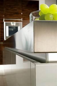 Alu Verbundplatten Küche : griffleiste in edelstahl ~ Markanthonyermac.com Haus und Dekorationen