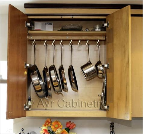 kitchen cabinets organization 25 best ideas about kitchen cabinet organizers on