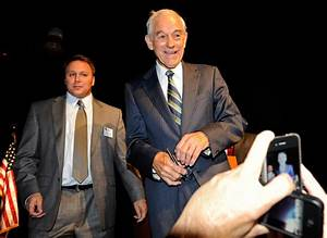 Ron Paul and Carl Bunce Photos Photos - Zimbio
