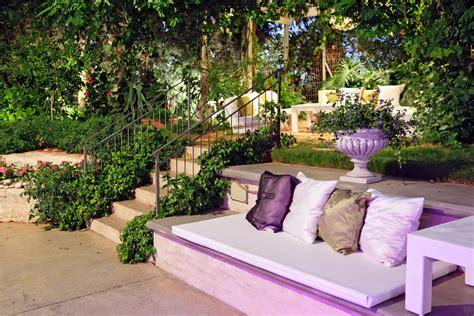 prepare magazine designing your garden on a budget