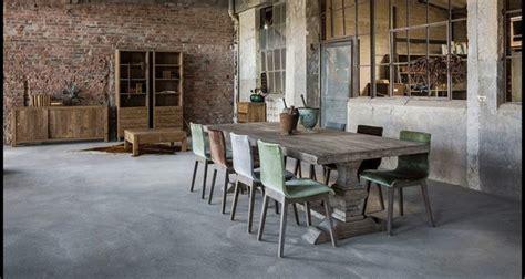 chambre style loft table monastère grise table de ferme table bois grande