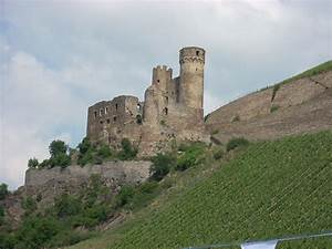 Rhine River castle | Our cruise on the Rhine, we saw many ...