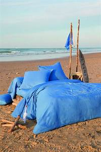 Housse De Couette Mer : housse de couette lin lav pleine mer 260x240 sylvie thiriez ~ Teatrodelosmanantiales.com Idées de Décoration