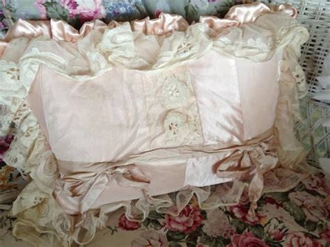shabby chic chipping sodbury 17 best images about plump pillows on pinterest shabby chic tapestries and floral pillows