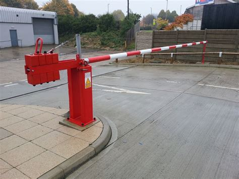 Barriers Suppliers Dubai, Manual Arm Barriers