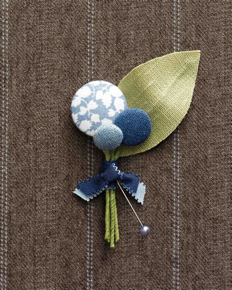 diy boutonniere ideas   wedding martha stewart