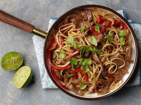thai beef  peppers recipe ree drummond food network