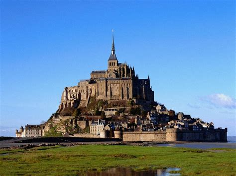 mount michel top castles to visit in europe