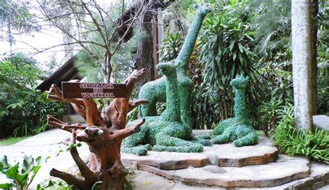 gembira loka jogja wisata edukasi  kebun binatang mini