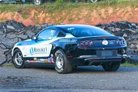 What It's Like To Race A 10-second Cobra Jet Mustang