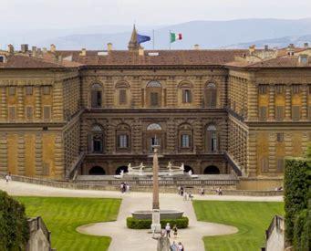 Ingresso Palazzo Pitti - visitare firenze biglietti uffizi italy travels tours
