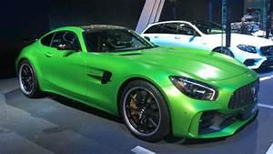 Mercedes Amg Gt Prix : la peinture verte de la mercedes amg gt r vaut le prix d une dacia ~ Gottalentnigeria.com Avis de Voitures