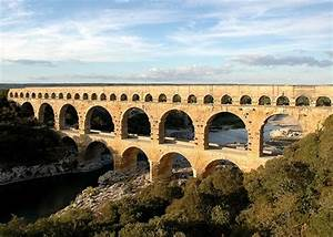 Bridges That Babble On: 15 Amazing Roman Aqueducts | Urbanist