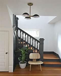 20 inspirations deco pour l39escalier blog deco mydecolab With peindre un escalier en gris 2 escalier deco peint en blanc marches et rambarde en bois
