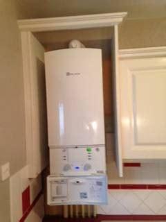 ikea porte de placard cuisine peut on installer une chaudière dans un placard