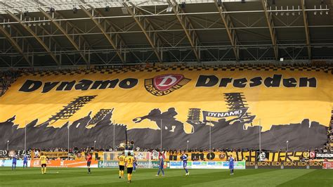 Profile of dynamo dresden football club with latest results, fixtures and 2020 stats and top scorers. Dresden Cup - Everton at Dynamo: Preview, Start time, TV ...
