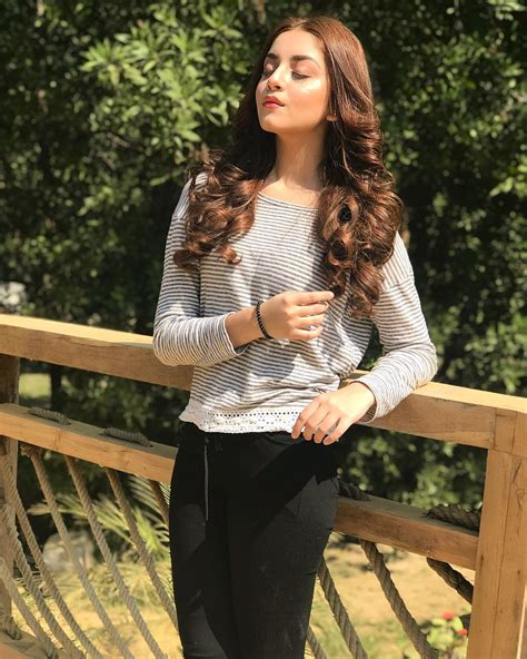 beautiful alizeh shah  shalamar garden lahore pakistani drama celebrities