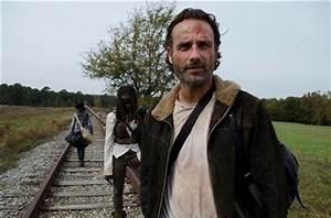 """The Walking Dead Season Finale Recap With Spoilers: """"A"""""""