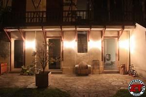 Applique Pour Terrasse : tuto poser une applique murale ext rieure ~ Edinachiropracticcenter.com Idées de Décoration