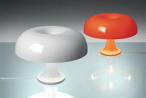 Lampe De Table Design : lampe de table nessino 32 cm orange opaque artemide ~ Melissatoandfro.com Idées de Décoration