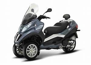 Scooter 3 Roues 125 : quel scooter trois roues choisir pour la rentr e automobile ~ Medecine-chirurgie-esthetiques.com Avis de Voitures