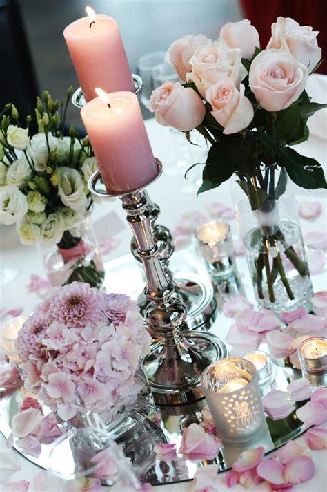 deko hochzeit verliebt verlobt und nun verheiratet die hochzeitsfeier