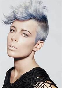 Grau Silber Haare : 12 wundersch ne frisuren von silber bis grau die trendfarbe wirkt total cool neue frisur ~ Frokenaadalensverden.com Haus und Dekorationen