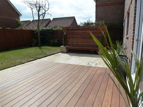 decking and paving ideas garden makeover with paving ipe hardwood deck vertical screen and planters 187 arbworx