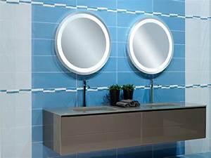 decoration salle de bain carrelage mural With carrelage adhesif salle de bain avec luminaire atelier led