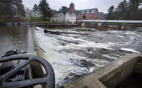 yarmouth officials pressure decide fate royal river