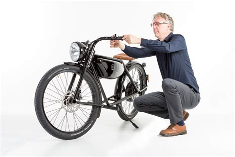 The 100% Electric Moped From Maastricht