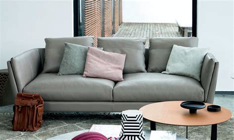 Bretagne Sofa By Poltrona Frau Style & Design Center For
