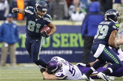 seahawks wr golden tate calls  teammates selfish