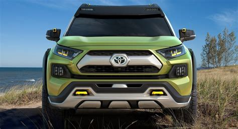 Toyota Fj Replacement by Toyota S Considering Building An Fj Cruiser Replacement