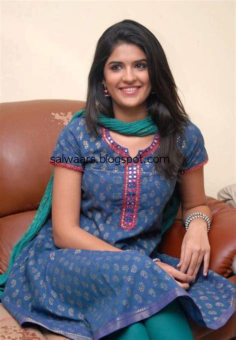 Deeksha Seth In Blue And Green Cotton Salwar Kameez