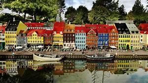 Denmark's top attractions Find Legoland, Tivoli & more!