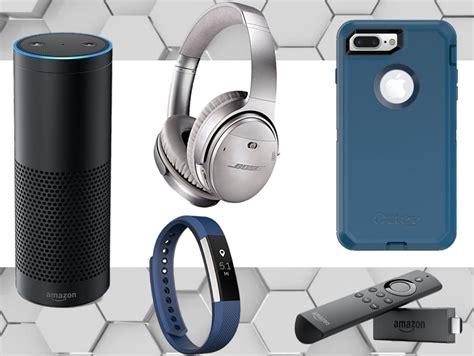 22 Best Tech Gifts For Men 2017