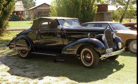 1935 Oldsmobile Model F-35