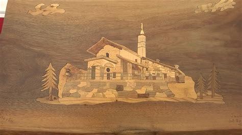 dipingere  essenze del legno intaglio  scultura