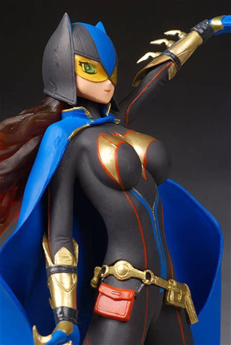 ame comi batgirl  catwoman statues  pop