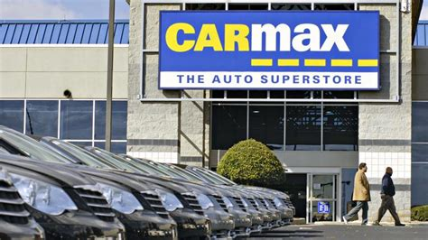 carmax hiring  people  auto store opening  north