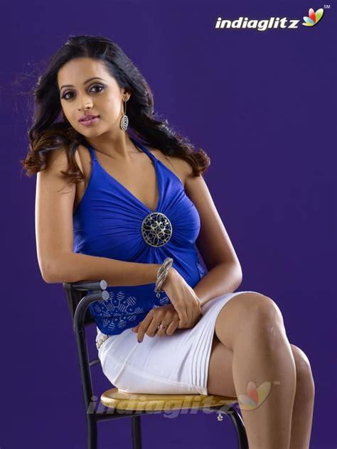 Malayalam Posters Bhavana Malayalam Actress Hot Thigh