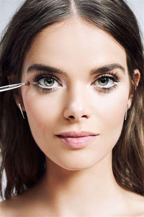 ways    eyes  bigger bigger eyes white eyeliner perfect makeup
